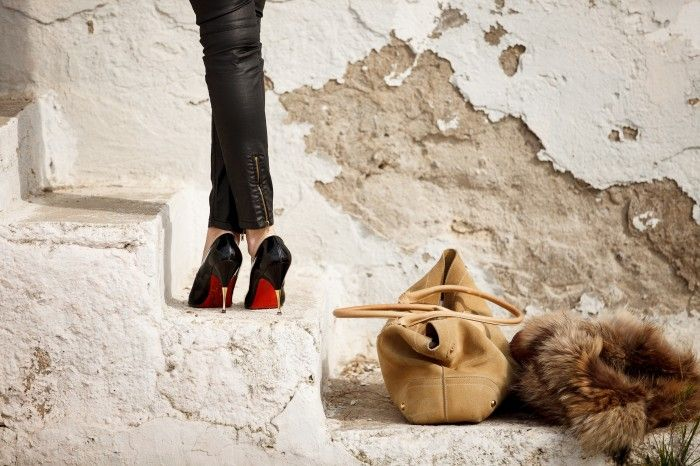 A Muse In U » getting your clothes ….together,louboutins,fur vest, Amanda Protidou, Melina Georgiadou, leatherlike pants, Friday i'm in love