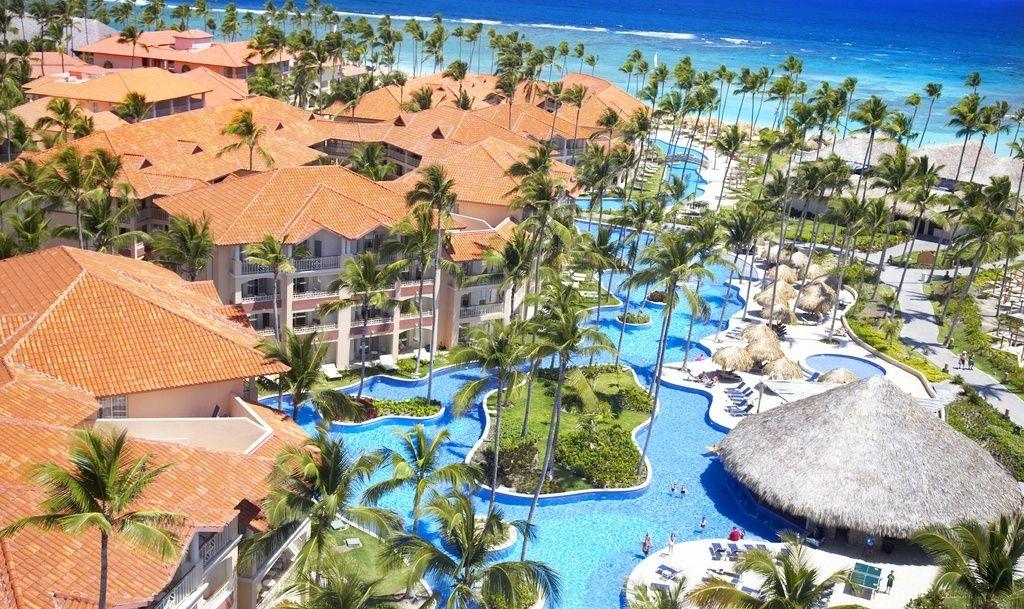 Majestic Elegance Punta Cana Wedding Modern Destination Weddings Caribbean Islands To Visit Majestic Colonial Punta Cana Cheap Caribbean Islands