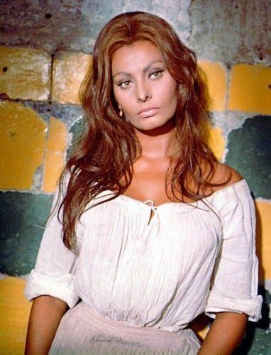 Vintage Glamour Girls: Sophia Loren