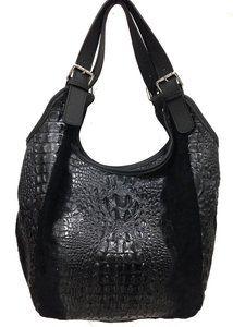 46e6150ba65 ... Leren Croco tassen van Trendywoman. Zwarte croco schoudertas Deze  schoudertas heeft verstelbare handgrepen, zodat u hem op de juiste maat
