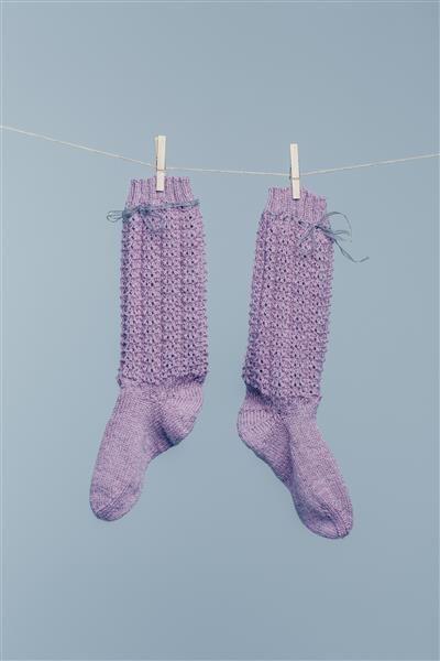 613bd39e1 Tema 42: Modell 6 Sokker med hullmønster #strikk #knit #alpakka ...