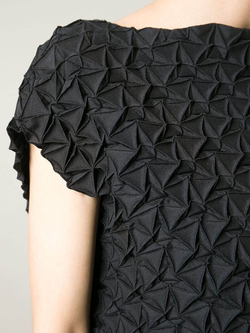 Textured dress with pleated patterns fabric manipulation for Fashion fabrics