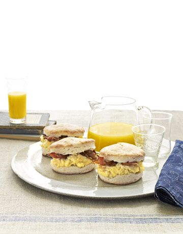 Breakfast Sandwiches make the perfect grab-and-go breakfast. #brunch