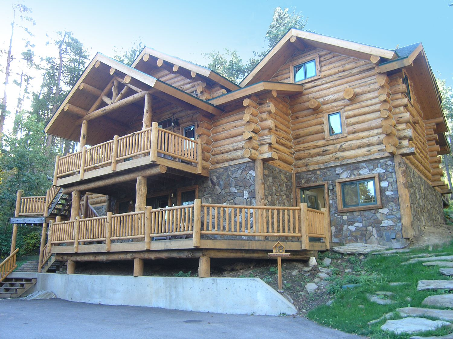CHECK  Hillside Country Cabins: Enjoy The Comfort Of The Black Hills By  Keystone And