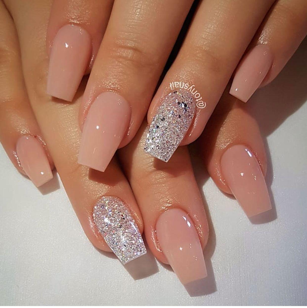nail art pink and silver glitter