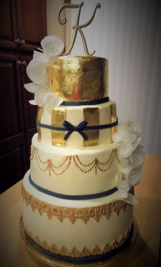 24k Edible Gold Leaf Wedding Cake White Wafer Paper Roses Gold