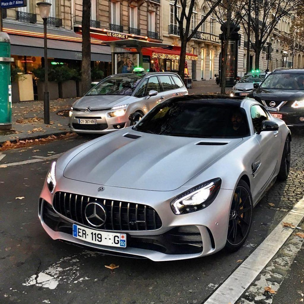 Luxurylifestyle Billionairelifesyle Millionaire Rich Motivation Work 104 Https Ift Tt 2lqsz1l Mercedes Benz Cars Mercedes Benz