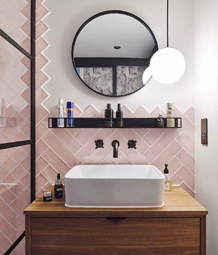 Polubienia 1 563 Komentarze 15 Ca Pietra Ca Pietra Na Instagramie Doesn T It Feel Good In 2020 Pink Bathroom Tiles Bathroom Tile Designs Bathroom Makeover