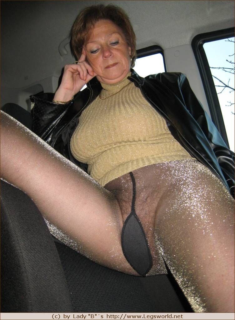 Ladies Matures And Pantyhose