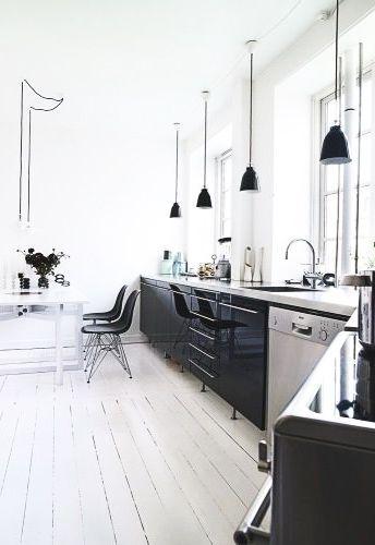 schwarze k che im skandinavischen stil k che skandinavisch. Black Bedroom Furniture Sets. Home Design Ideas