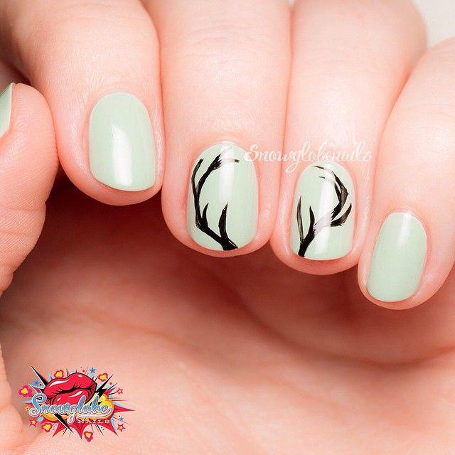 Country Girl Nail Art: Lovely Antler Pattern By @snowglobenails
