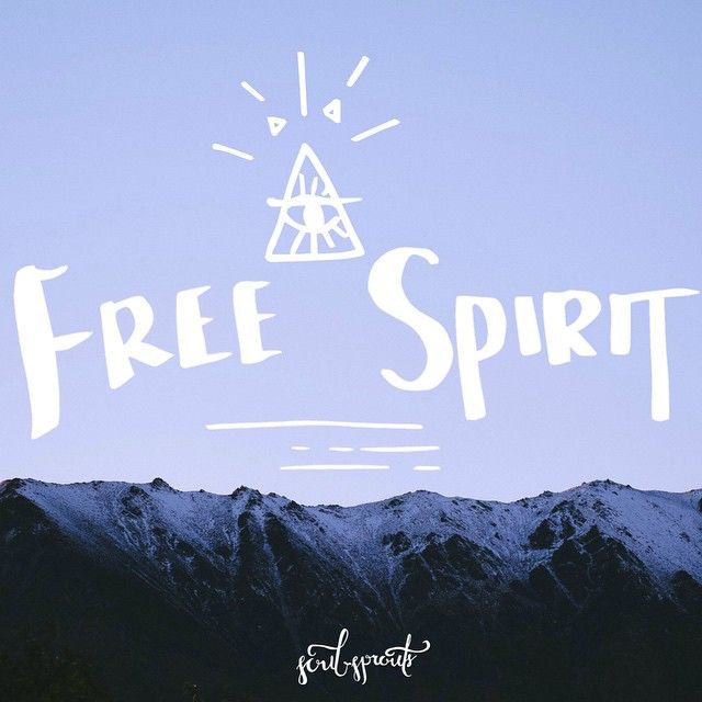 Be free ✨ #Queenstown #quote #typography #design #illustration #mountains #vsco #soulsprouts #spirit #freespirit #blue #snow #newzealand #winter