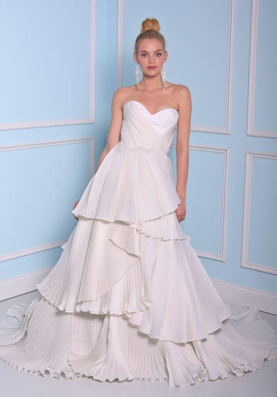 Ball gown with ruffles | Christian Siriano Wedding Dress BSS17-17017 | http://knot.ly/6490886FY