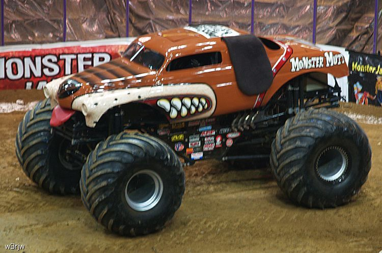 Monster Trucks Monster Mut Jpg Monster Trucks