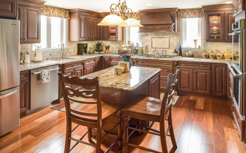 The Best Kitchen Cabinets Buying Guide 2021 Tips That Work Kitchen Design Kitchen Cabinet Outlet Kitchen Remodel