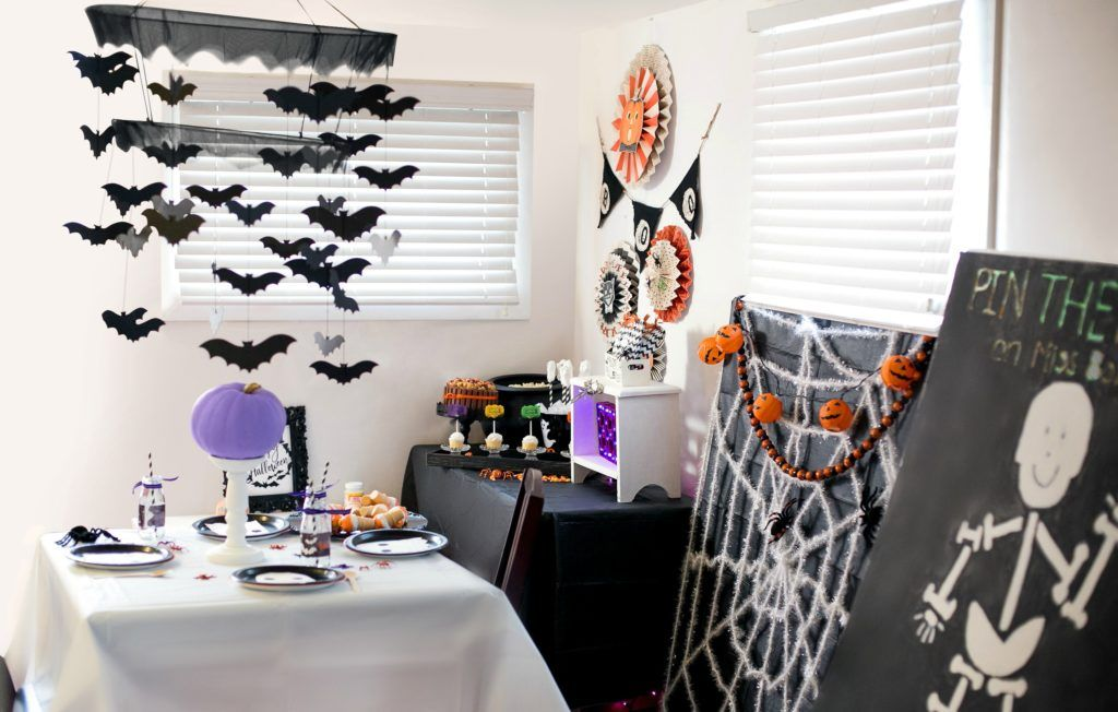 BOO! SCARE UP SOME FUN WITH A NEIGHBORHOOD HALLOWEEN COSTUME PARTY - neighborhood halloween party ideas
