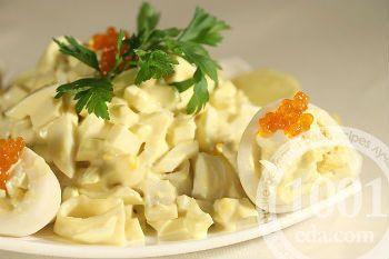 Салат с чипсами и кальмарами | Рецепты салатов, Салаты ...