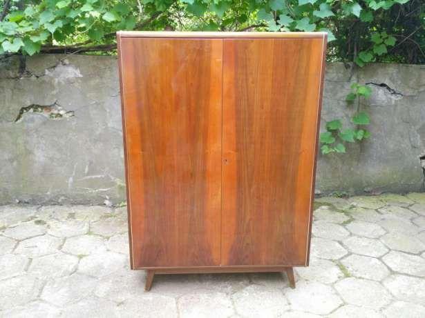 280 zł: Do sprzedania Czechosłowacka szafa Jitona z 1966 roku. Stan  Door Wooden Almirah Price In Stan on