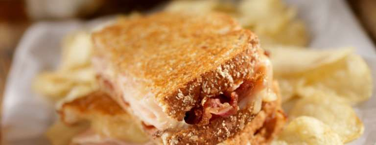 Tomato and Bacon Grilled Cheese Sandwich Recipe