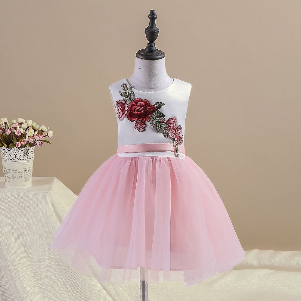 2e4fda6328d0 Click to Buy    European and American children s dress 2017 children s  clothing new