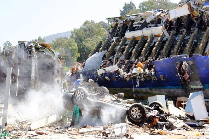 Airplanea S Crash Airplane Crash Scene Canon 20d Sponsored Paid Affiliate Crash Scene Canon Airplane Crash Image Stock Photos