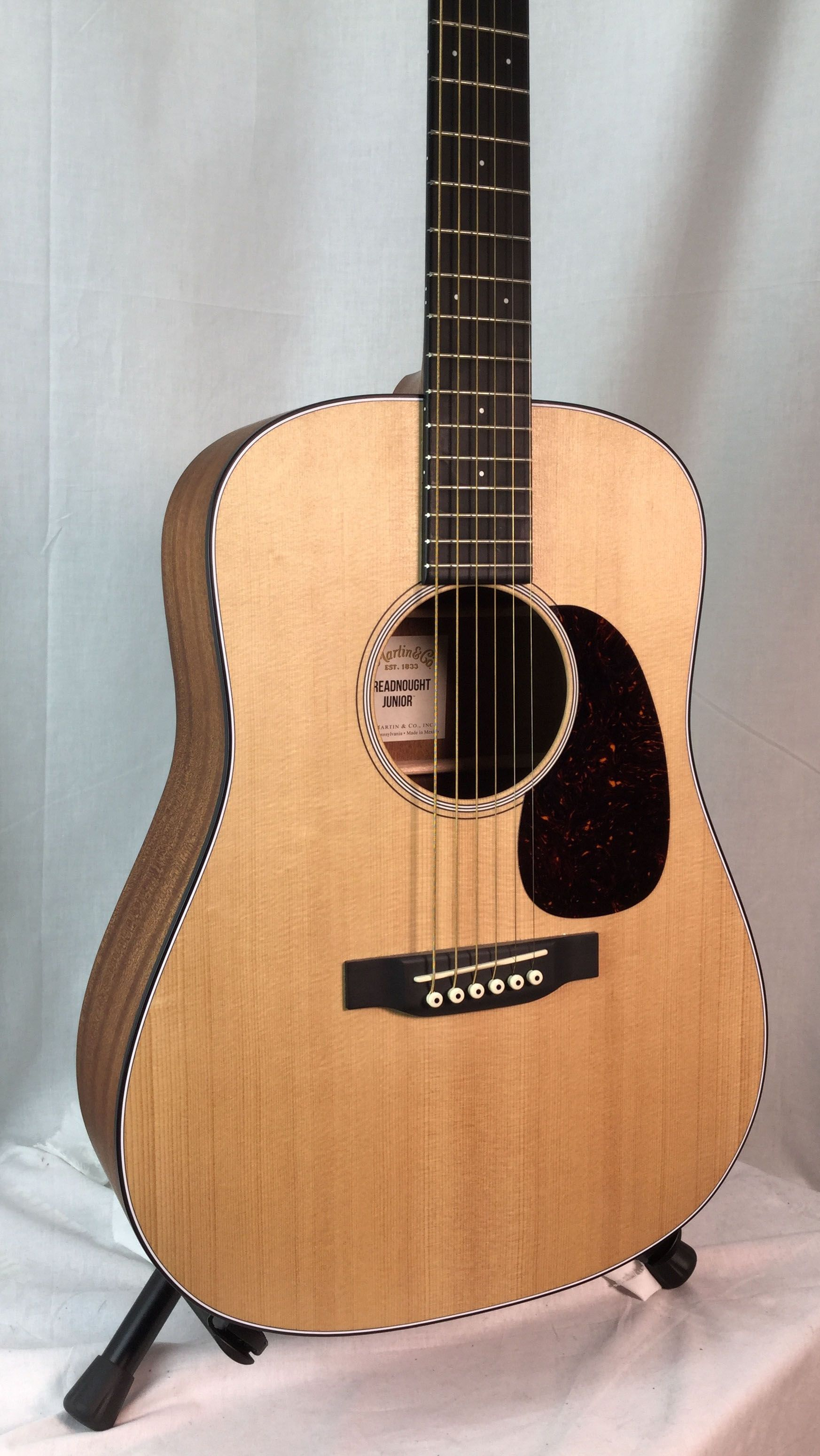 Martin Dreadnought Junior Djr Westwood Music Tradition Since 1947 Acoustic Guitar For Sale Guitar Guitar For Beginners