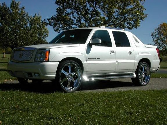 Pimped Pearl White Cadillac Truck With Custom Wheels