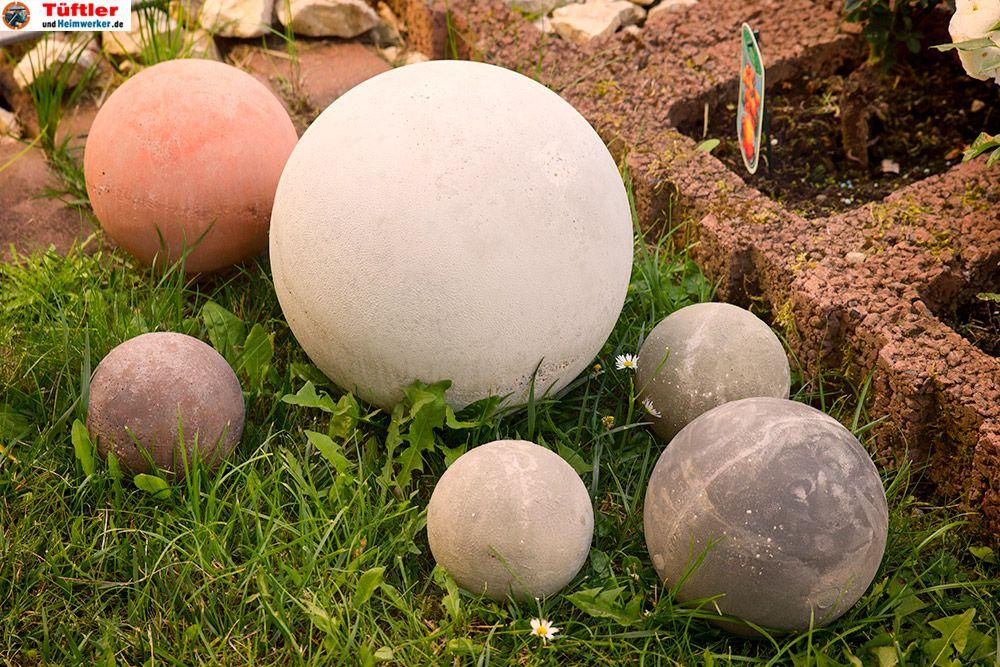 Kugeln aus Beton sind ein toller Blickfang im Garten Egal ob im - gartendeko aus beton selbstgemacht