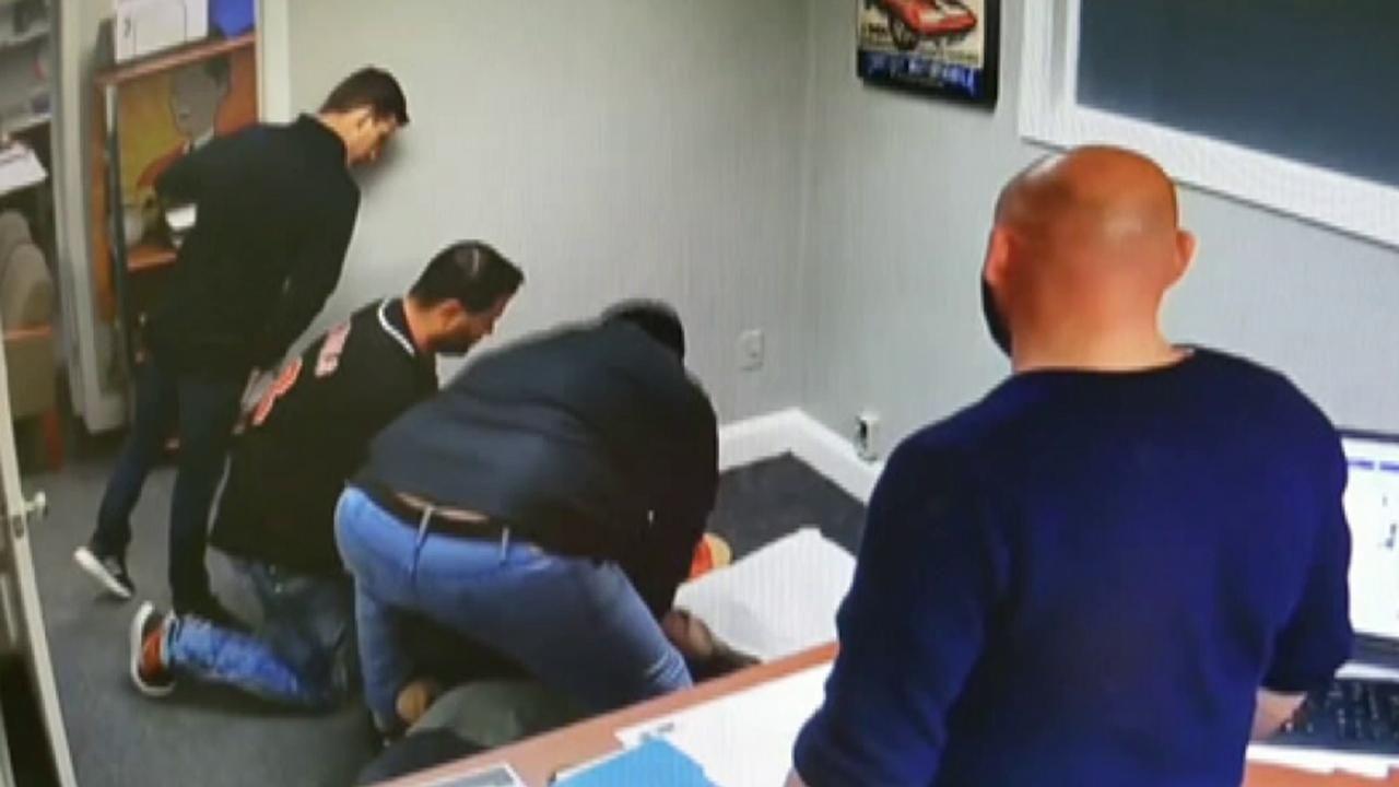 Man's nearfatal heart attack caught on car dealership
