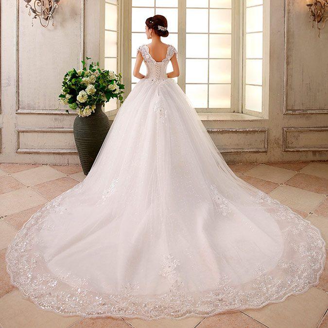 vestido de novia con cola monarca  e06c315101d