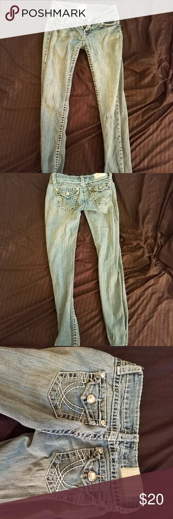 LA Idol Skinny Jeans LA Idol light wash skinny jeans. Size 3 but fits like a 0. No rips or holes. LA Idol  Jeans Skinny