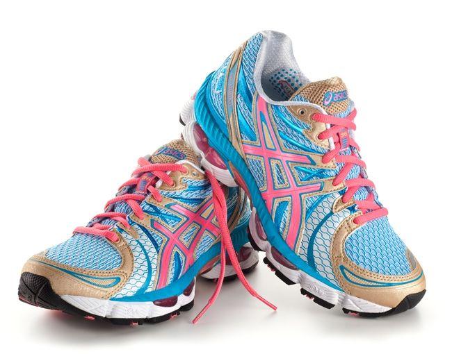 chaussures de séparation d5700 f10cc Marathon de Paris 2012 x Asics   Shoes   Cute running shoes ...