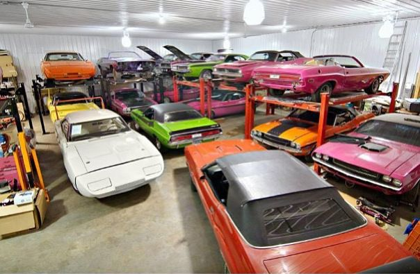 Cool Mopar Garage Cool Garage Pinterest Mopar Cars And