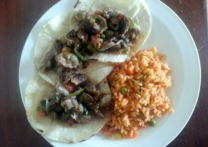 Sonia S Chicken Gizzards And Hearts Tacos Recipe By Petus Chicken Gizzards Recipes Tacos
