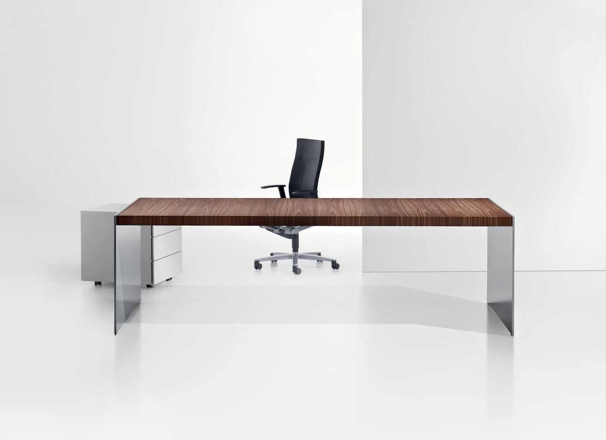 1000 images about worktable on pinterest executive office desk ceo office and executive office furniture black office desk office desk