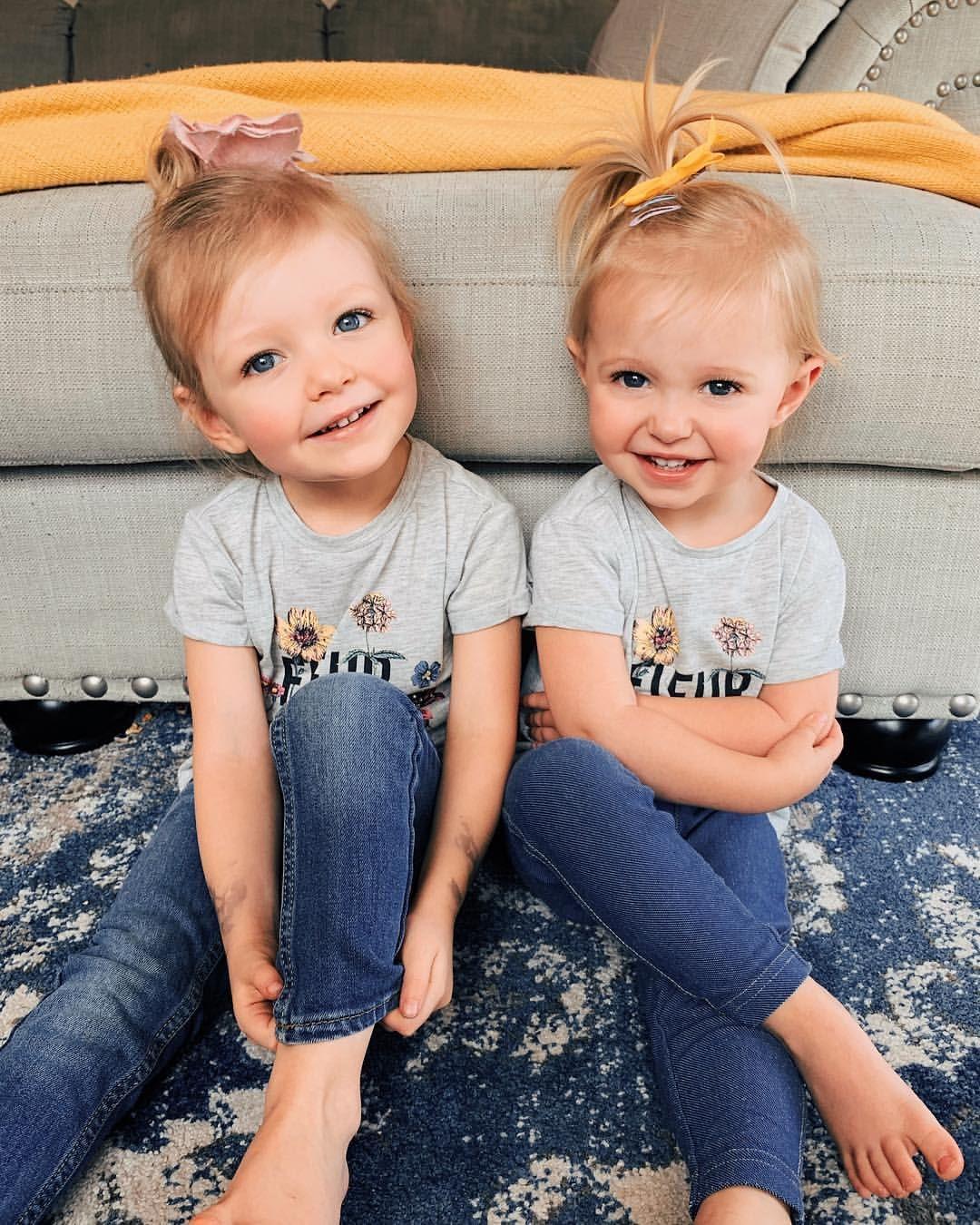 Gwynathynalyn Sisters Daughters Blonde Hair Blue Eyes
