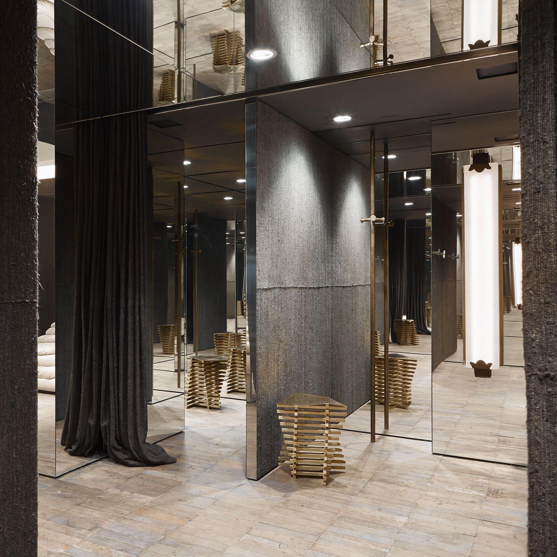 Antonia milano design by vincenzo de cotiis store for Store design milano