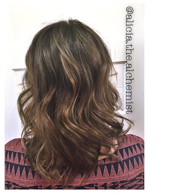 This is a highlight for an Oregon girl, super natural, low maintenance, shiny, and gorgeous. done by Alicia Popham in Corvallis, Oregon