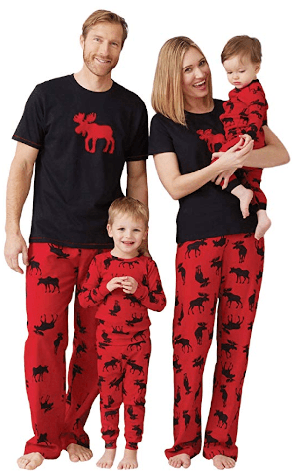 42105e741089 Family Matching Moose Pajamas in Black and Red