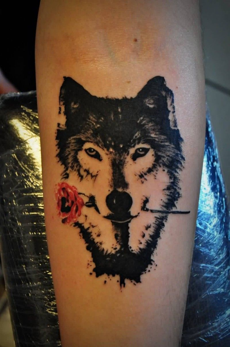 Wolf With Rose Watercolor Tattoo Tattoo Inspiration Wolf