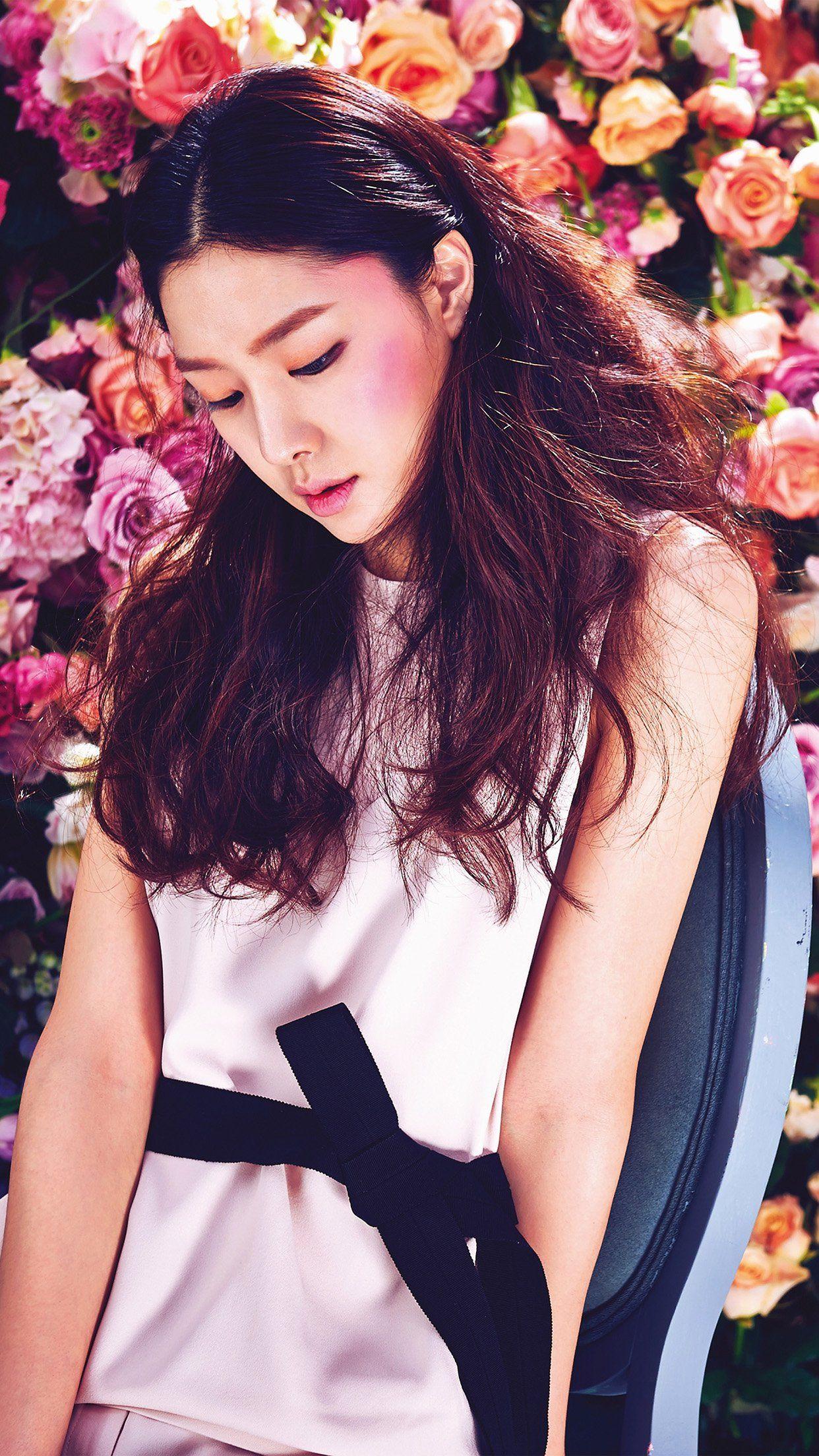 Spring Kpop Flower Art Model iPhone 6 plus wallpaper