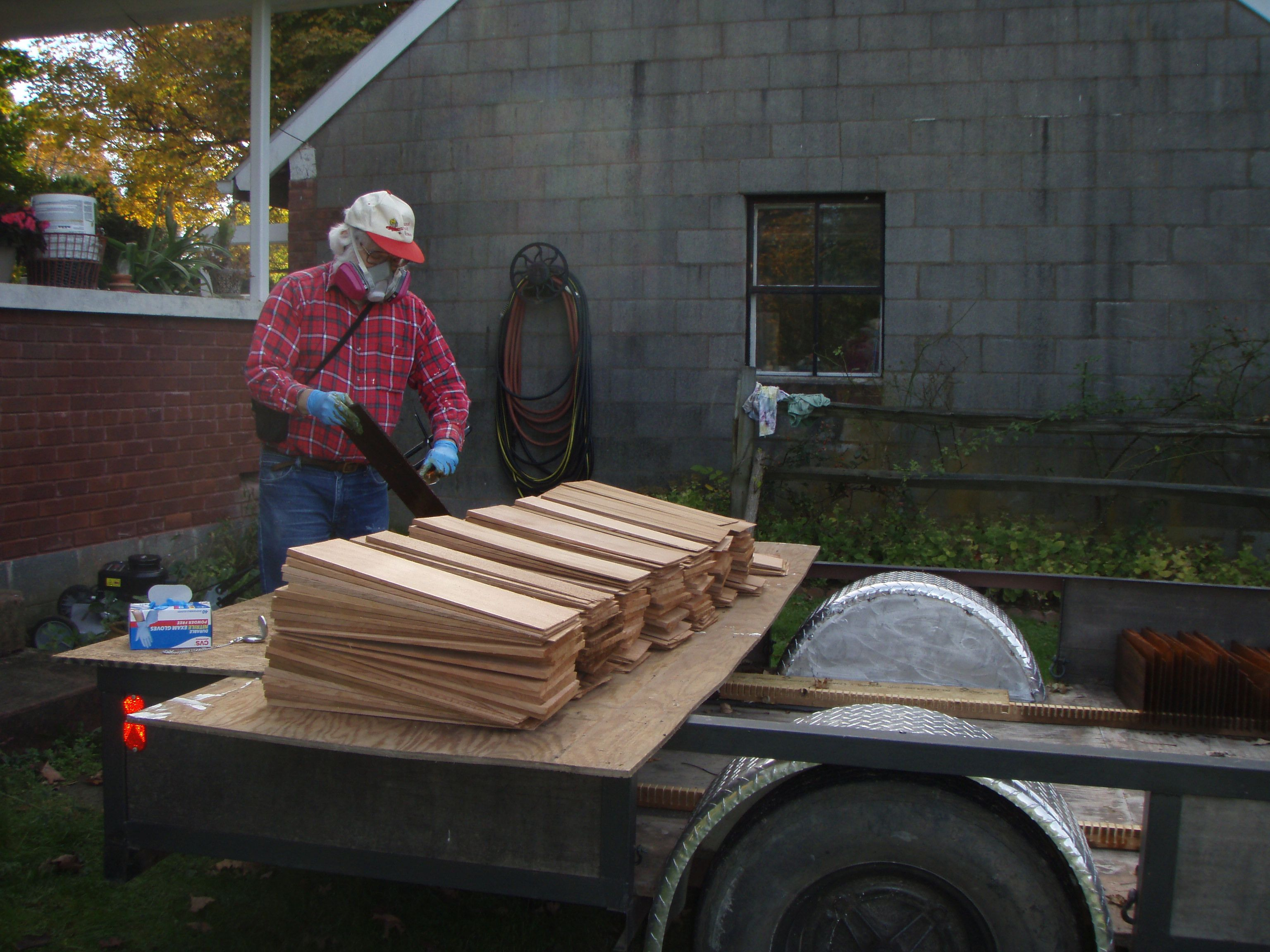 Best Some Of The Cedar Shingle Pile To Be Individually Dipped 400 x 300