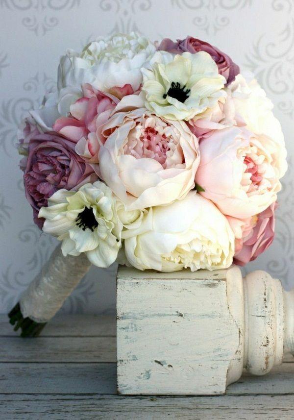 Bouquet de pivoines de mariage d co champ tre chic pinterest bouquet de pivoine pivoines - Bouquet pivoine mariage ...