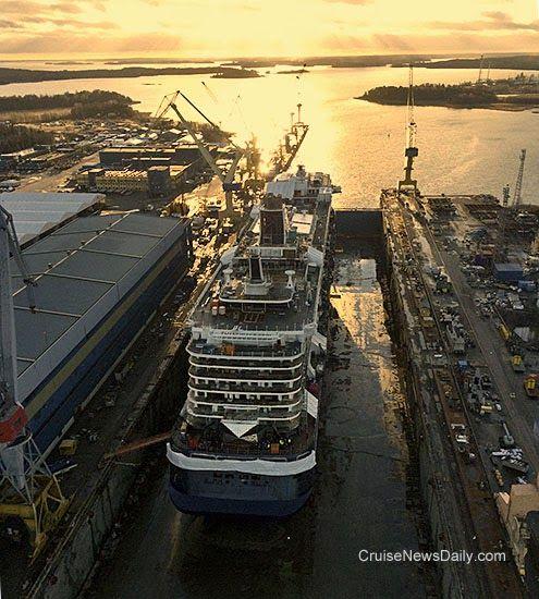 Cnd S Cruiseblogger Stx Floats Tui S Mein Schiff 3 Royal Caribbean International Norwegian Cruise Line Norwegian Cruise