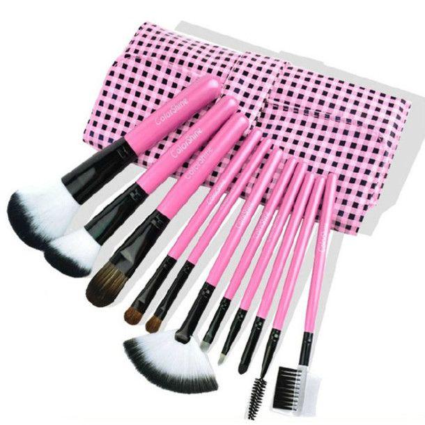 Adorable makeup brushes