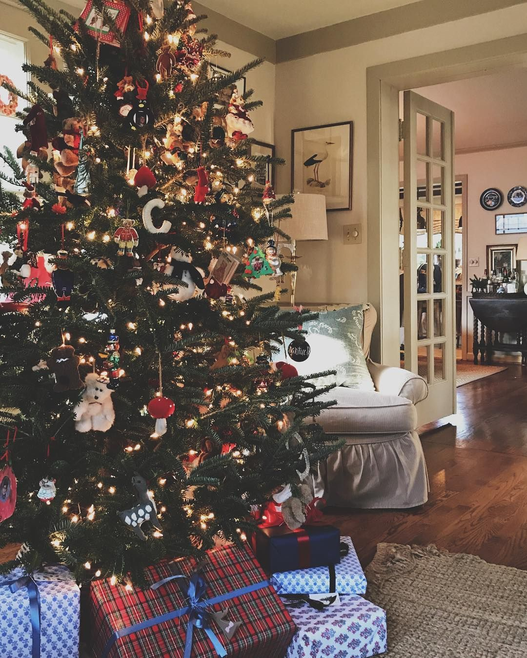 Tessa Foley On Instagram Saturday Plans Brunch With Santa And Baking A Gingerbread Cake Not House Oh And Christmas Home Farmhouse Christmas Holiday Fun