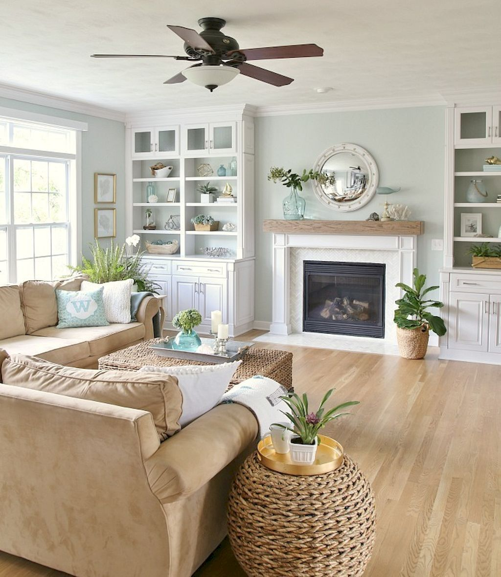 Wonderful coastal living room design & decor ideas (28) - HomeSpecially #coastallivingrooms
