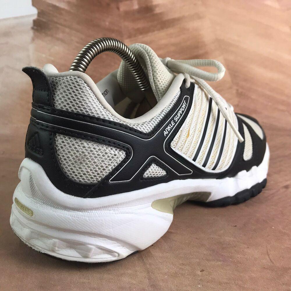 Women S Adidas Sport Training Taipa Light Cc White Black Volleyball Shoes Size 9 Adidas Indoorsports In 2020 Volleyball Shoes Adidas Women Adidas Sport