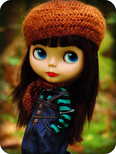 The weather was so nice today, the Autumn is coming ❤ Blythe embarking on a woodland adventure....