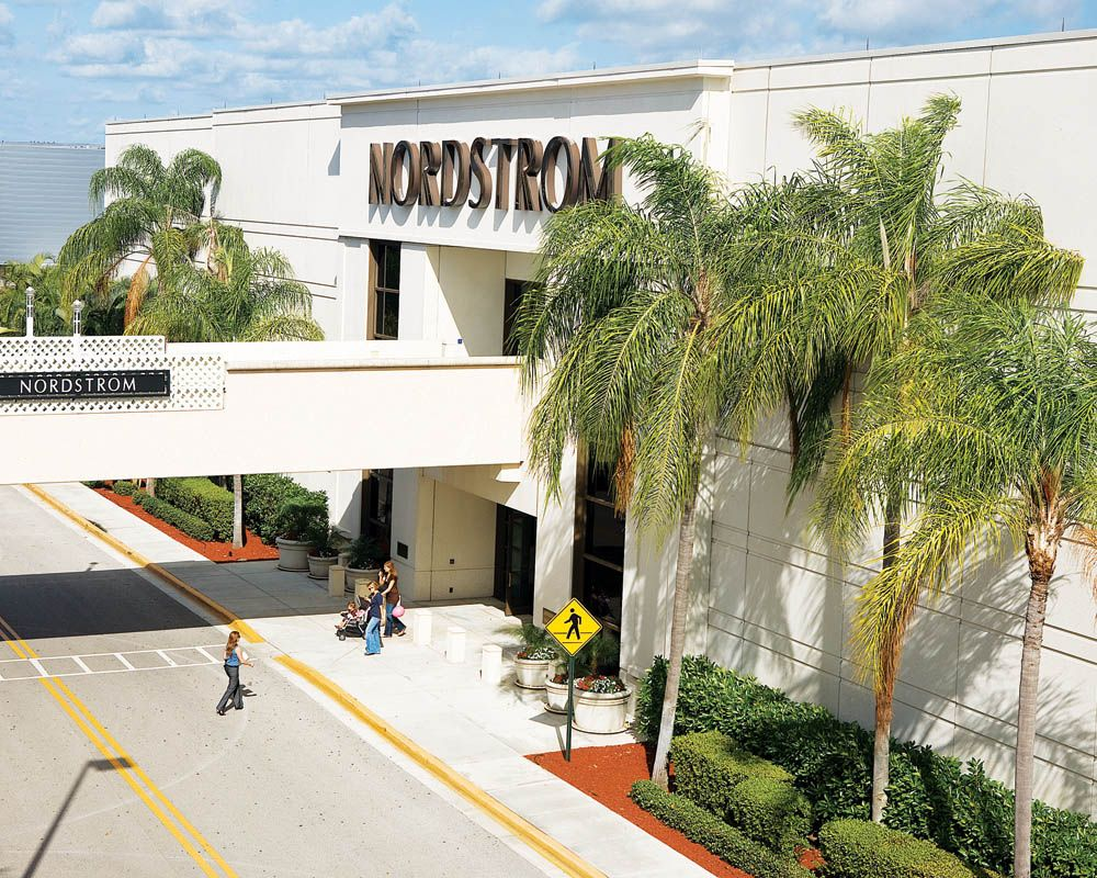 Boca Raton Shopping >> Town Center At Boca Raton Florida Man In 2019 Boca